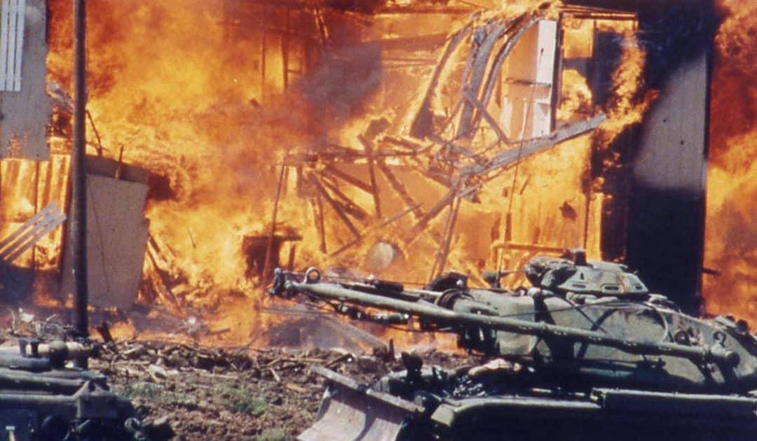 Episode 383: Waco Massacre Documentarian Dan Gifford Debunks The Government Narrative