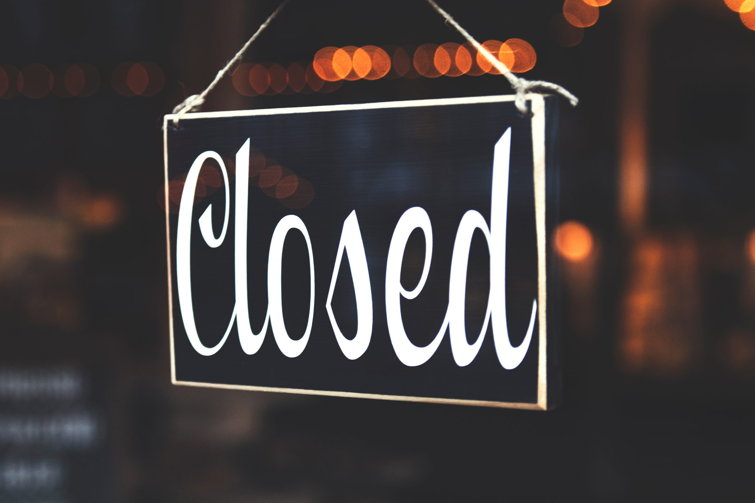 Selective Focus Photography Of Closed Signage 942304